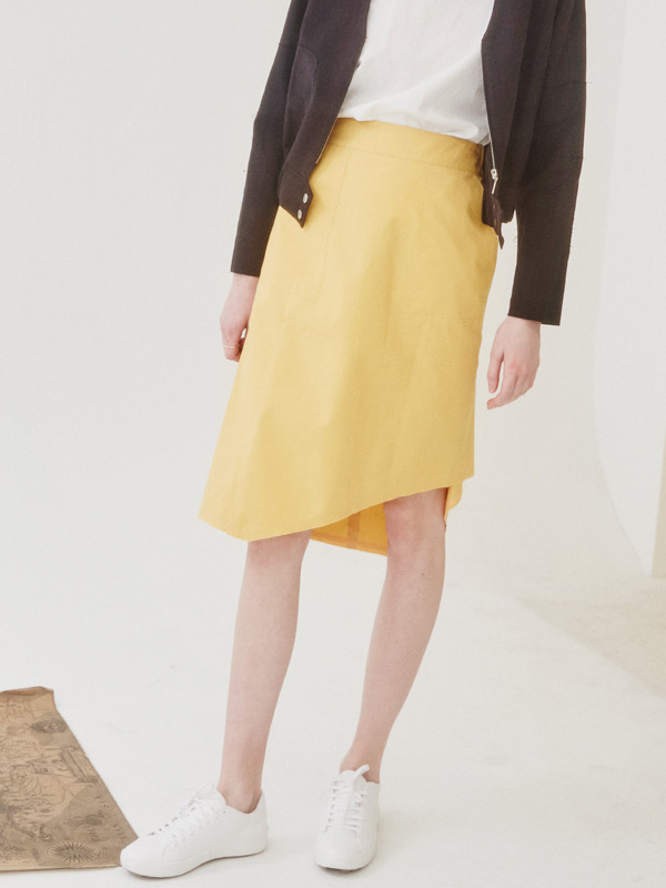 Stitich Unbalance Skirt / Yellow