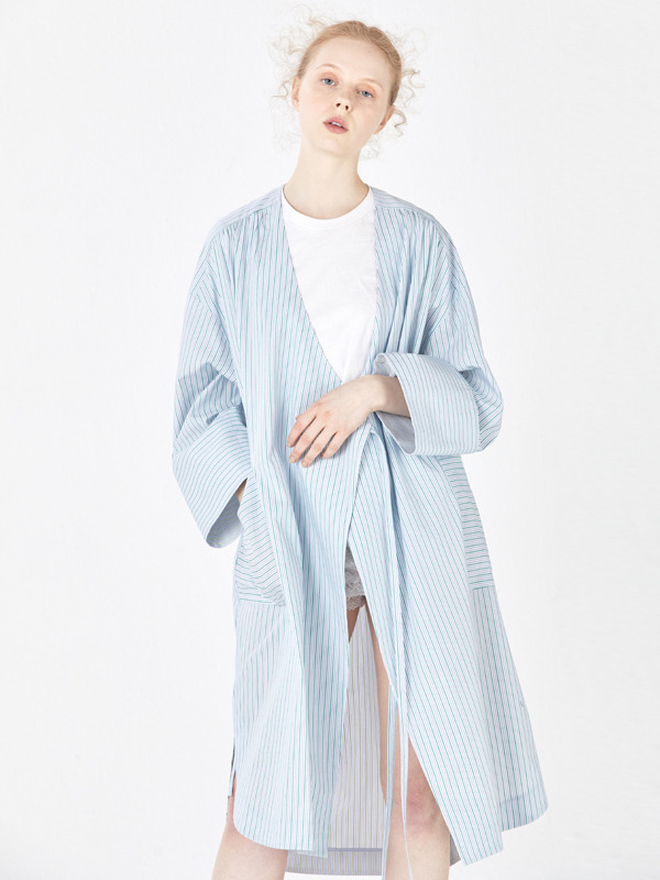No-collar Strap Robe / Green stripe