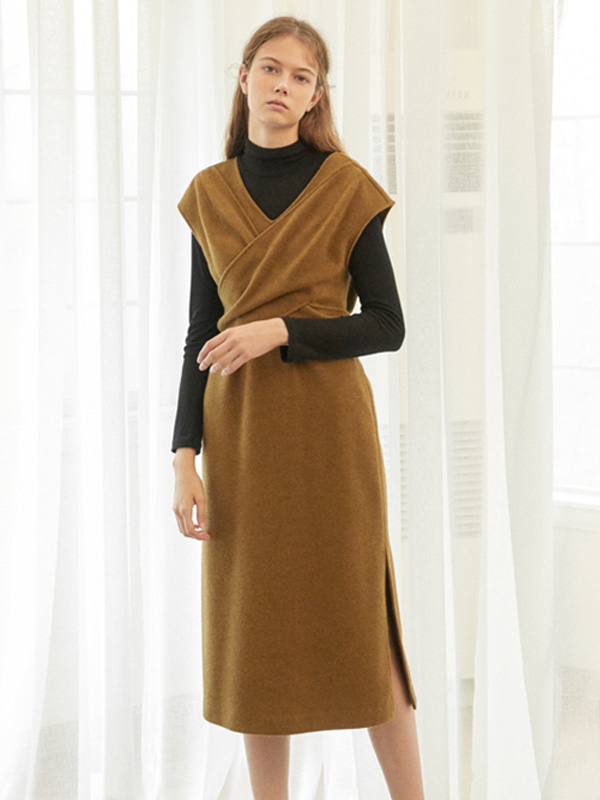 Drape Knitted Dress / Khaki