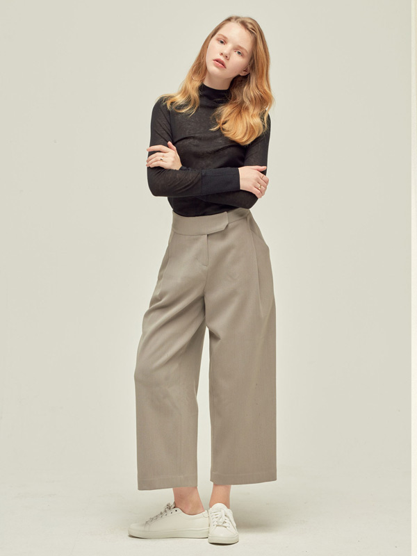 Side Tuck Pants / Light grey
