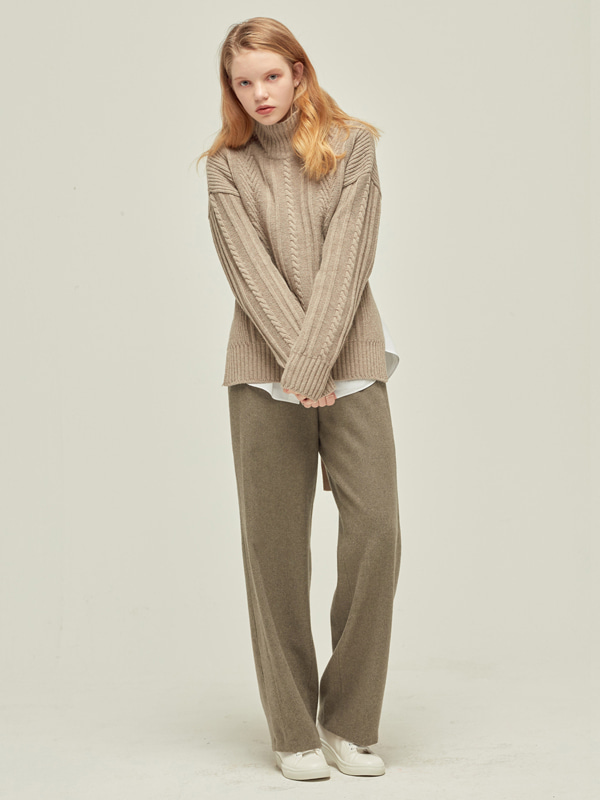 Short Back Cable Knit + Wool Stitch pants