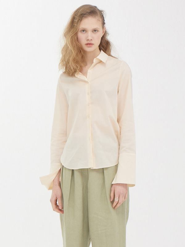 Modern Slit Shirt / Cream