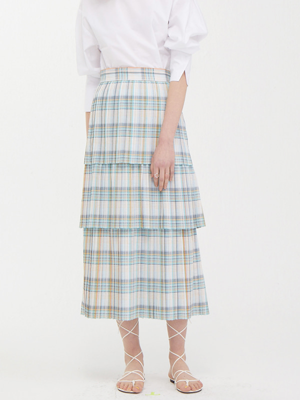 Pleats Tiered Skirt / Light Blue