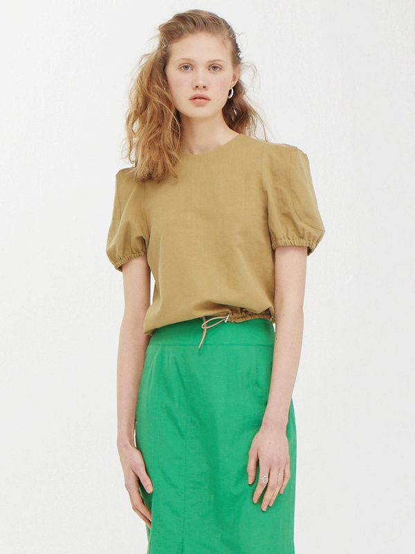 Edge Shoulder Top / Light Khaki