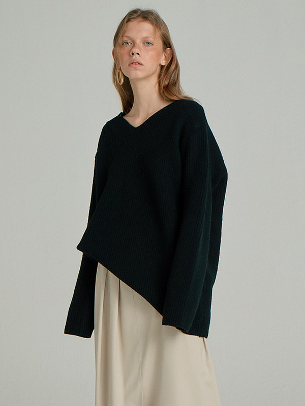 Wool Sweater Top / Black