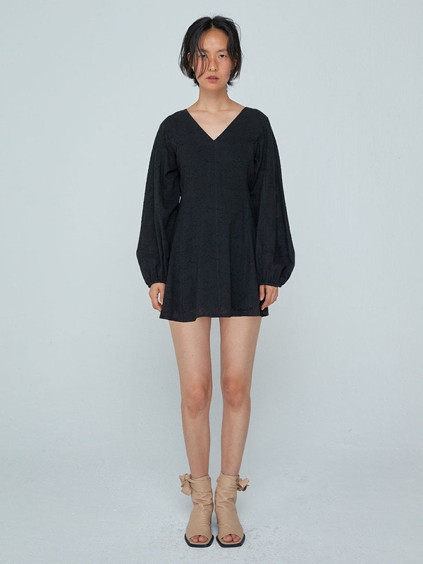Shirring Sleeve Mini Dress_Black